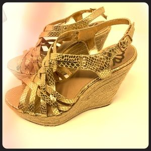 Gold wedges by Fergalicious. Fabulous fit. NEW.